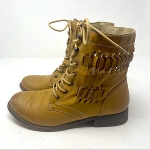 De Blossom Collection Boot Braided Style Tan 8 1/2